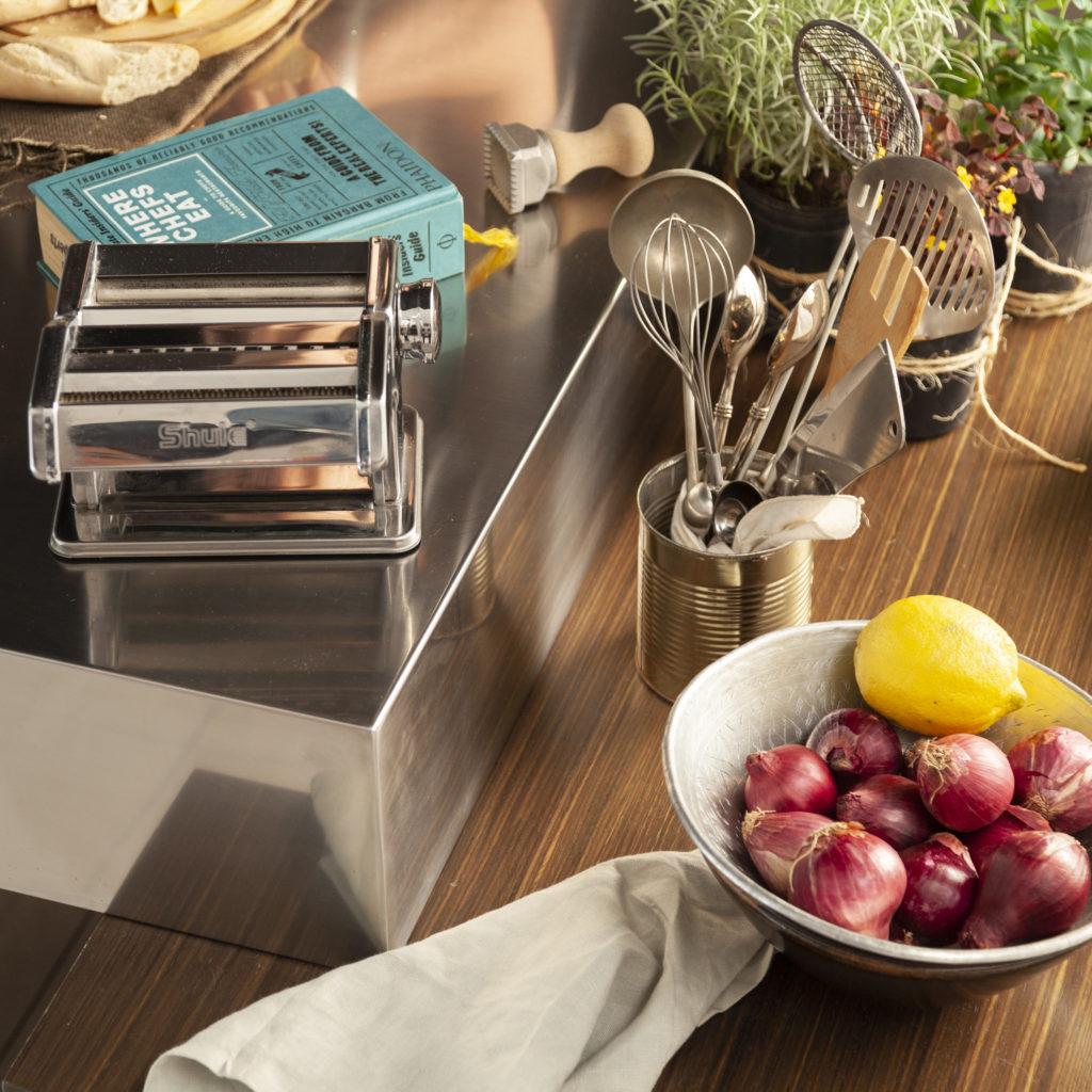 Decorar una cocina pequeña. Utencillos que suman