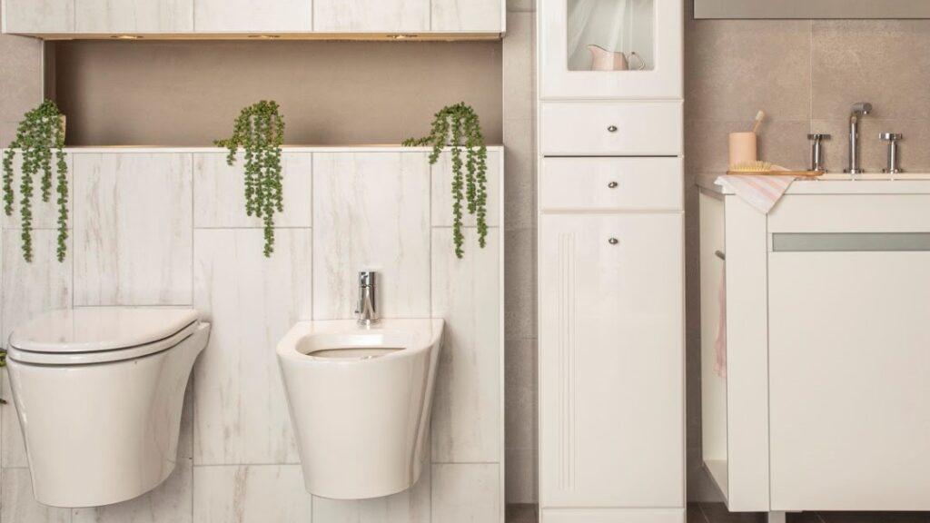 Los inodoros colgantes  son una gran opción si no sabés cómo hacer un baño.