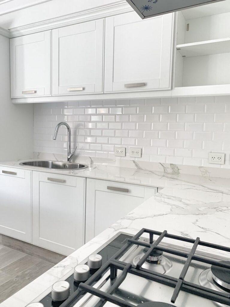 Diseñá los muebles de tu cocina moderna en Johnson Amoblamientos