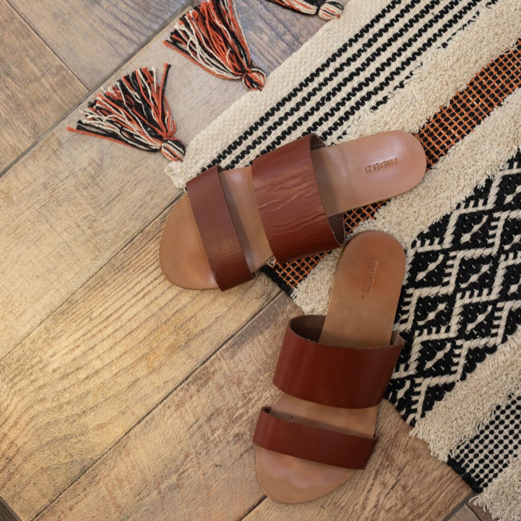 Los porcelanatos símil madera son geniales si no sabés cómo remodelar tu baño.