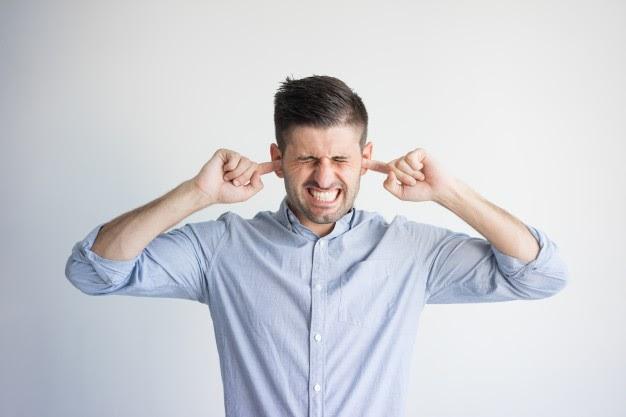 Los ruidos son un problema si no aislás tus techos de chapa.
