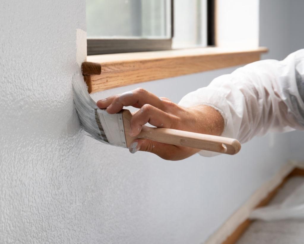 Pintar una pared en los bordes